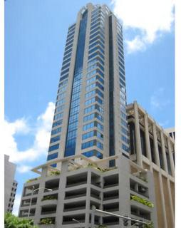 061_Pinnacle_Honolulu.JPG